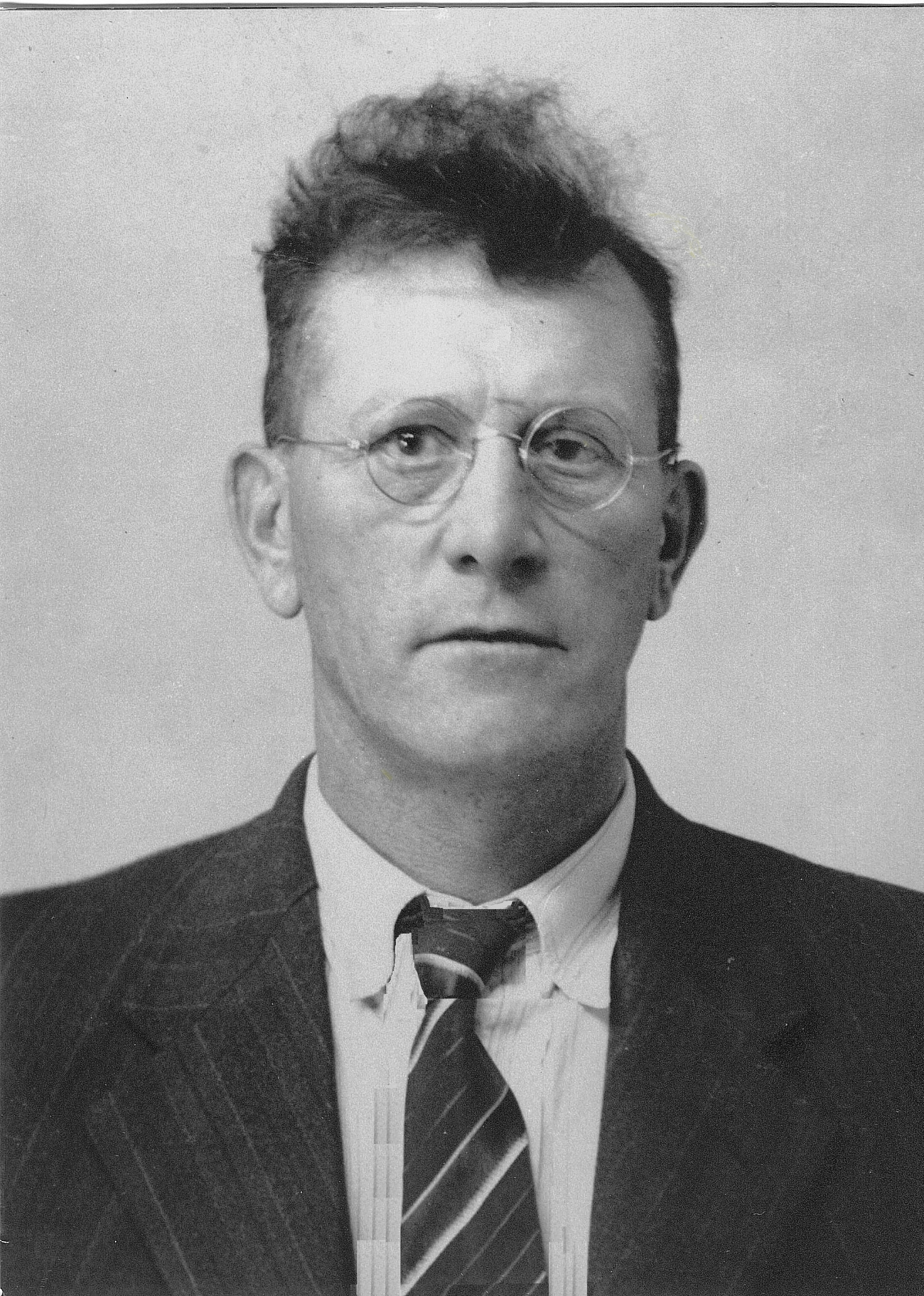Anton Schmaltz, Betty's Father